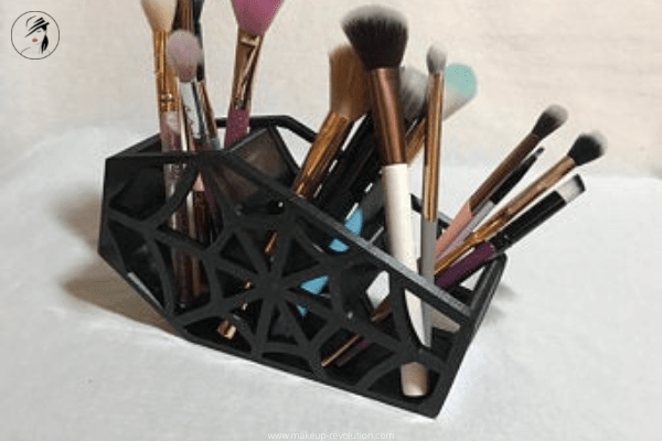 Goth unicorn makeup brushes un